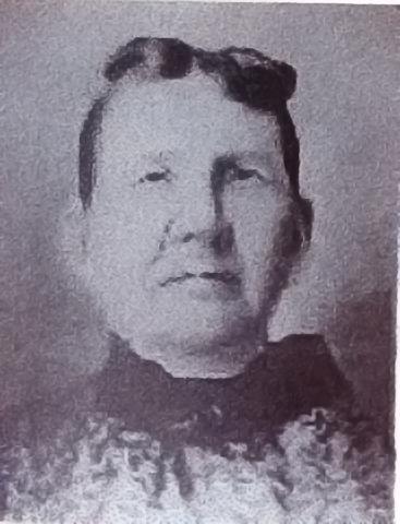 Lucy McRobie